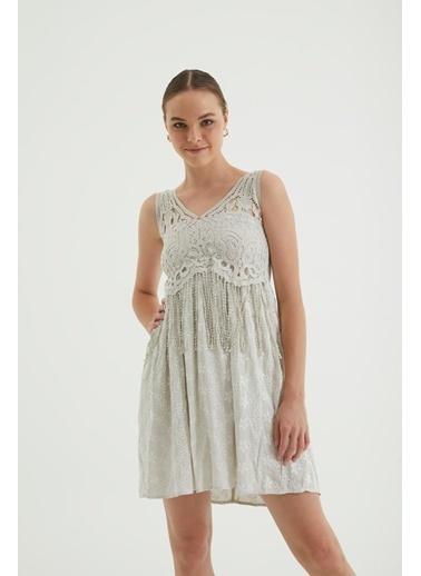 Reyon Dantel Askılı İşlemeli Günlük Elbise Bej Bej
